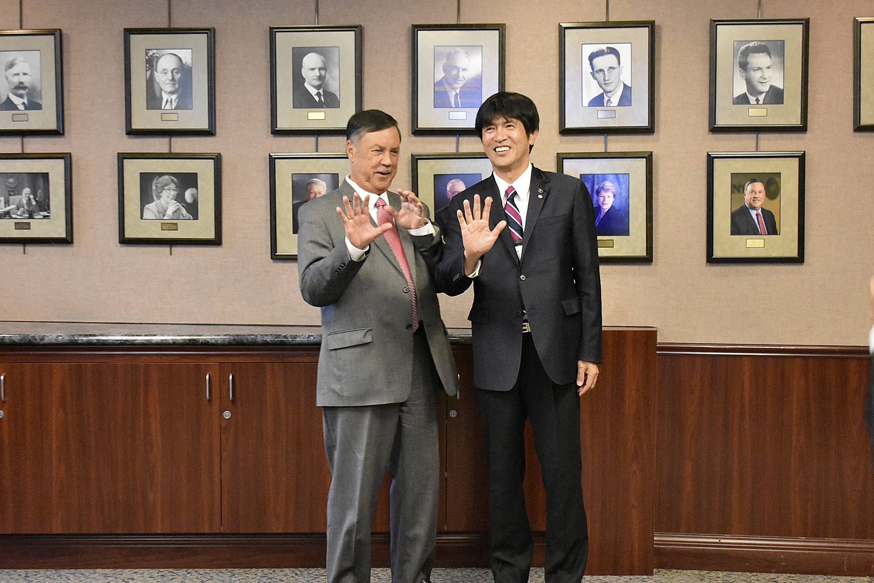 Photo by Haley Ausbun. Mayor Denis Law and Mayor Shozo Katayama.